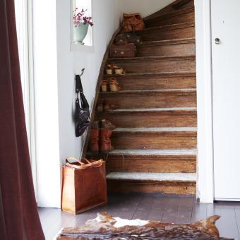 sliten trappa skor koskinn